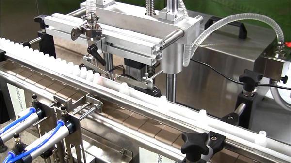 Yüksek Hızlı Otomatik e-sıvı Şişe Dolum Makinesi